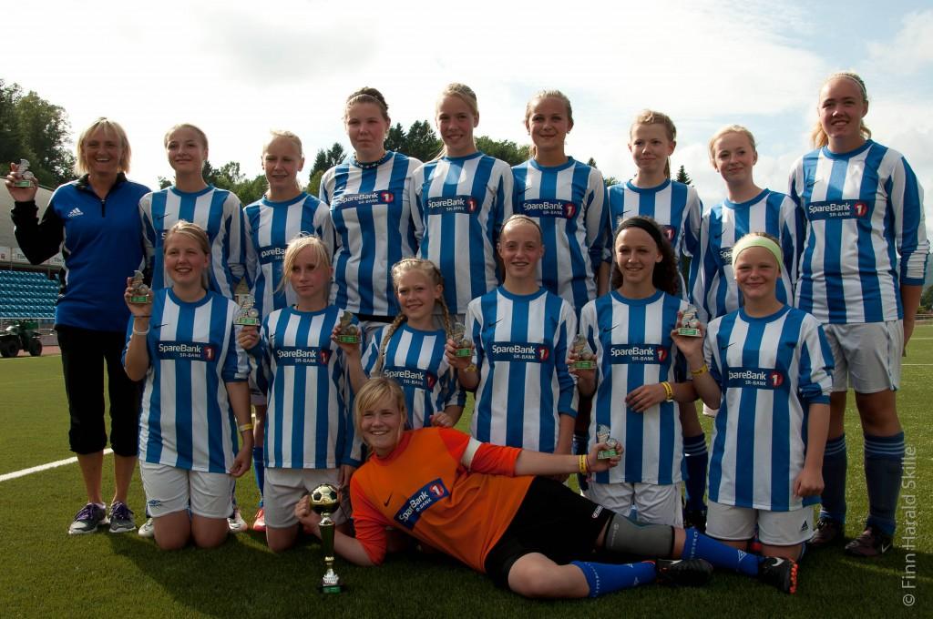 Gullvinnerne i Lyngdal Cup 2012 jenter 14